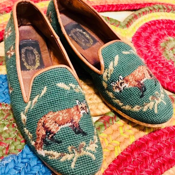 0709e53d8d6 Vintage Larkspur Collection Needlepoint Fox Shoes.  M 5ac2d9a372ea88bd9084b868